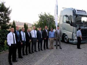 Volvo'dan FH'ye özel organizasyonlar