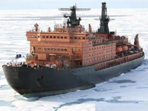 Kuzey deniz yolu buzsuz ve korsansız