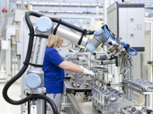 Volkswagen'den insan-robot işbirliği