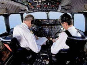 Yoğun çalıştırılan pilotlar seferde uyudu