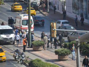Tramvay seferlerini aksatan kaza!