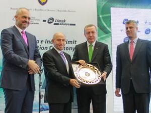 Priştina Havalimanı'nın yeni binası açıldı