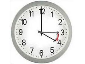 Saatler bu gece bir saat geri alınıyor