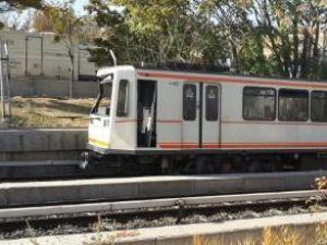 Ankara metrosuna iş makinesi çarptı
