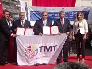 Otokar, ADR sertifikasını Bakan'dan aldı