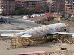 Eski THY uçağı halk kütüphanesi olacak