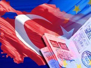 Türk vatandaşlarına vizesiz AB yolu açıldı