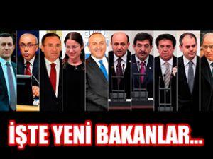 Başbakan Erdoğan, 10 bakanı değiştirdi