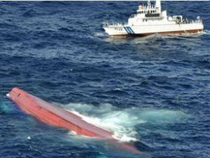 Konteyner gemisi Çin açıklarında battı