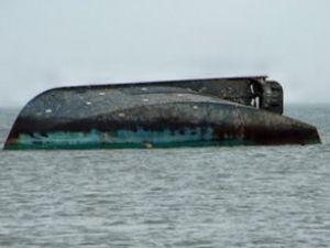 Nijerya'da yolcu dolu tekne alabora oldu