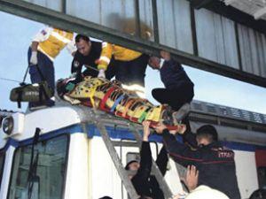 Haydarpaşa'da turistleri elektrik çarptı