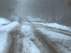 Norveç'te yollar buz pistine döndü