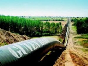 NATO petrol boru hattı delindi