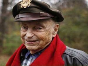 II. Dünya Savaşı'nın ünlü pilotu öldü