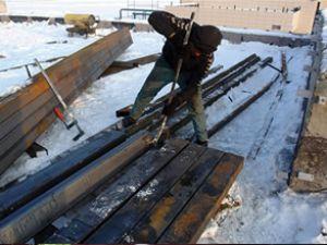 Yüksekova'da havaalanı inşaatı sürüyor