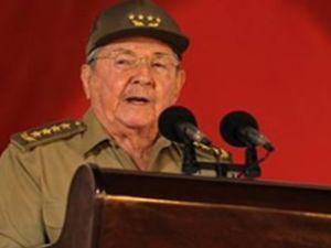 Küba'da otomobil yüzde 400 daha pahalı