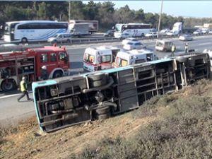 TEM'de halk otobüsü devrildi