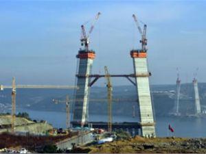 3. Boğaz Köprüsü'nün % 50'si bitti