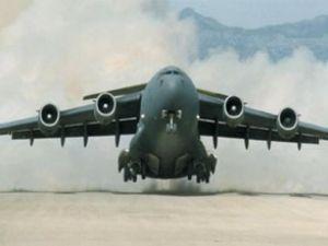 Kargo uçağı kalkışta arızalandı