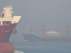 İstanbul Boğazı transit geçişe kapatıldı