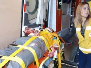 Servis araçları çarpıştı: 25 yaralı