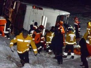 Kayseri'de yolcu otobüsü şarampole uçtu