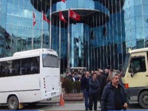 Minibüsçüler, yeni açılan hatta isyan etti
