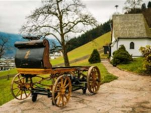 112 yıldır dokunulmamış Porsche bulundu