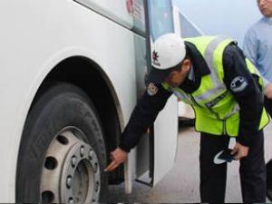 Otobüslerde kış lastiği denetimleri arttı