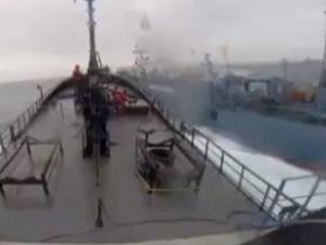 Karadeniz'de yük gemisi tehlike atlattı