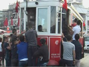 İstanbul'da elektrikli tramvay 100 yaşında