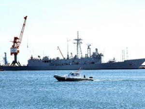 ABD savaş gemisi Samsun'a demirledi