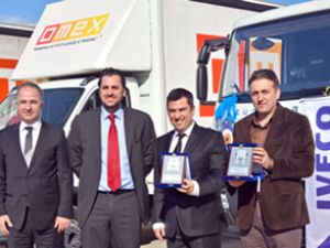 Iveco'dan Omeks'e 5 kamyon teslimatı