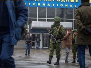 Simferopol, Kiev uçuşlarına kapatıldı