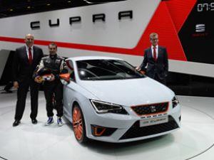 Seat, Leon Cupra modelini sergiliyor