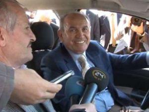 Kadir Topbaş, taksi durağının açılışını yaptı