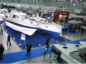 Moskova'daki 'Boat Show'a yoğun ilgi