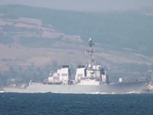 ABD savaş gemisi Çanakkale'den geçti