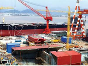 Universal'den 4 konteyner gemisi siparişi