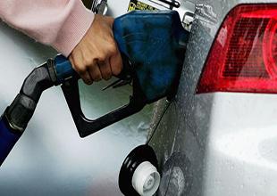 Benzine ve motorin fiyatlarına zam yapıldı