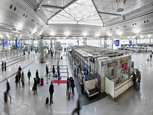 Atatürk Havalimanı'nda yolcu arttı, gecikmeler azaldı