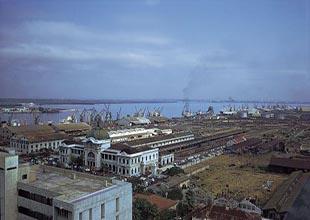 Türk gemileri Mozambik'in Maputo Limanı'nı ziyaret etti