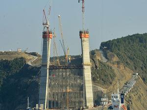 3. Boğaz Köprüsü'nün yüksekliği 214 metreye ulaştı
