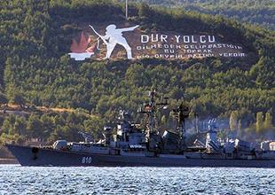 Rus Donanmasına ait iki gemi Çanakkale Boğazı'ndan geçti