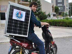 Amasya Üniversitesi öğrencisi Güneş enerjisiyle çalışan motosiklet yaptı