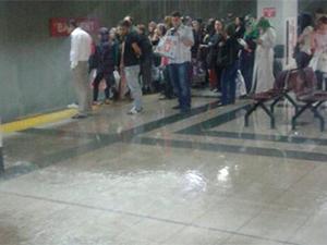 Batıkent Metrosu'nu su bastı