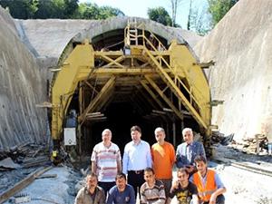 Amasra Tüneli'nin inşaatı sürüyor
