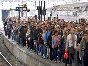 Fransa'da grev altıncı gününe girdi