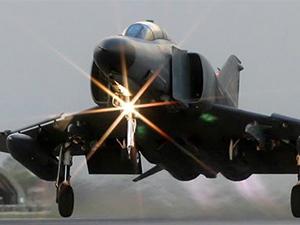 Camiye çarpan jet pilotları ifade verdi