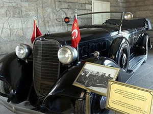 Atatürk'ün makam aracı restorasyona alındı